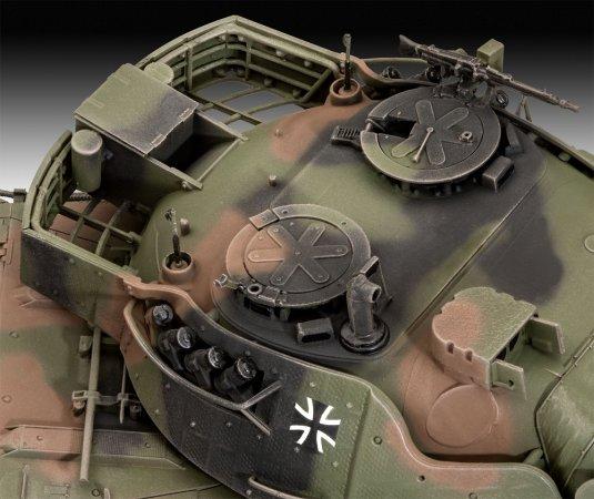 Revell Plastikový model tanku Leopard 1A5