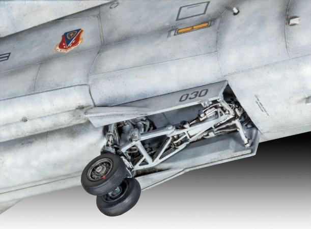 Revell ModelSet - Plastikový model letadla EF-111A Raven